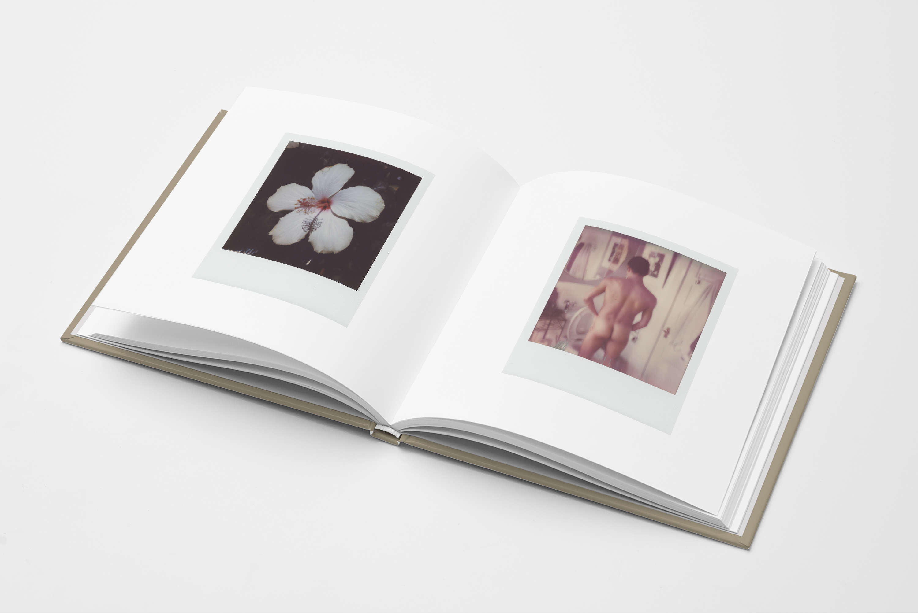 02_Square-Book-Mock-up1